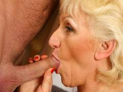 Blonde honey is drilling delicious
